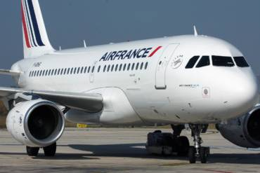 Air France confirms the partnership and rewards two of our loyalists
