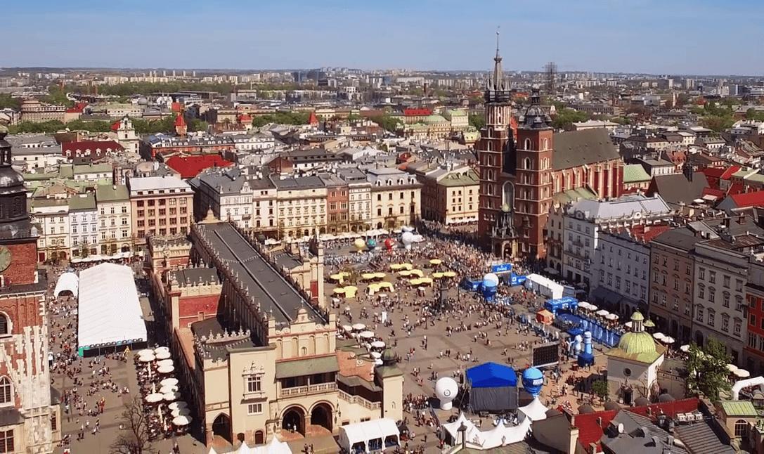 Iscriviti ora alla Maratona di Ravenna e corri gratis a Cracovia